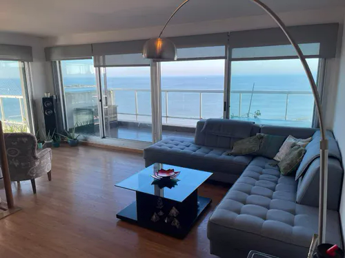Hermoso Pent-house Dúplex con hermosas vistas sobre la Rambla de malvin