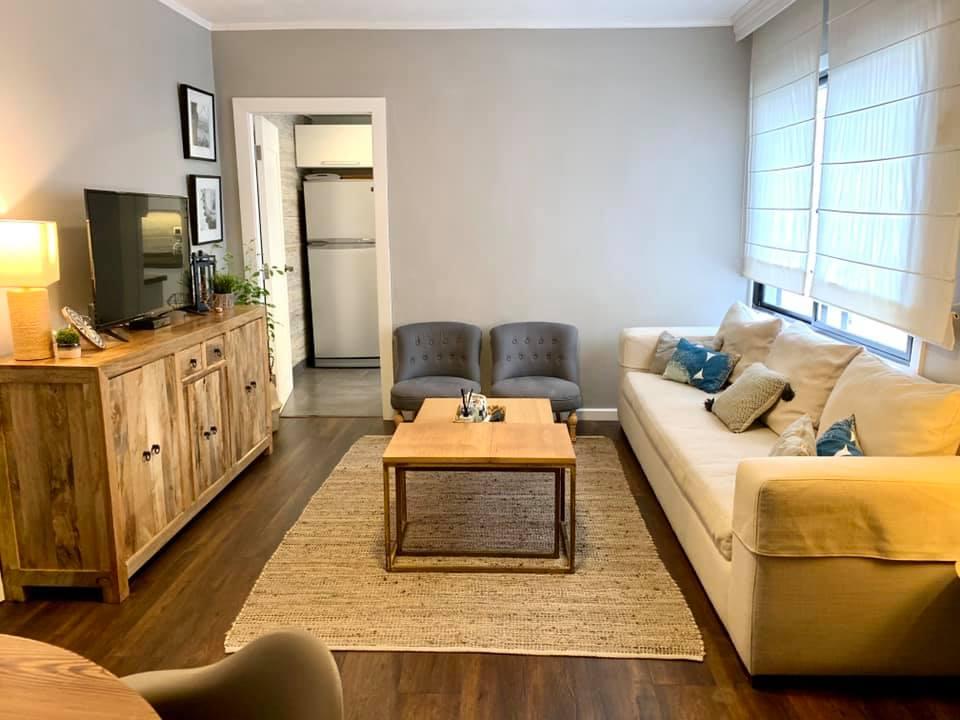 Hermoso apartamento de dos dormitorios y un baño, en Punta Carretas. Pronto para entrar!!!