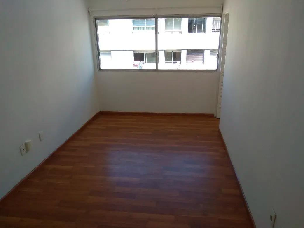 Lindo apartamento en excelente ubicación, sobre Avda. 18 de Julio