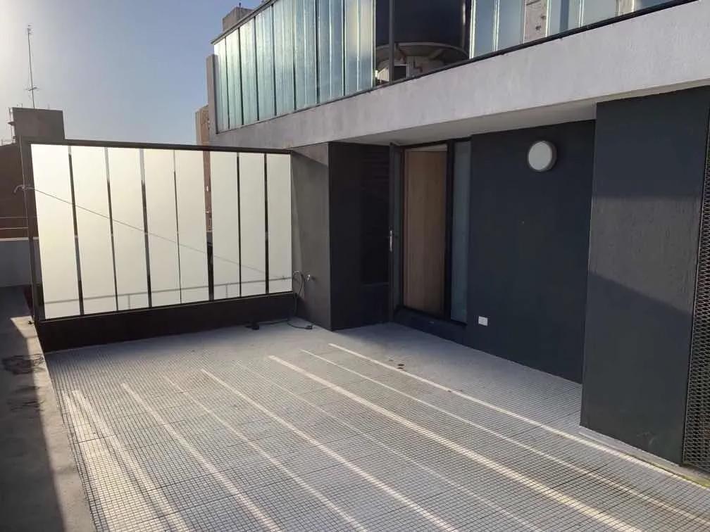 Moderno y luminoso monoambiente,  ubicado en la zona más residencial de Punta Carretas.